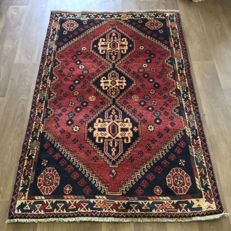 Persian Shiraz Hand Knotted Tribal Wool Rug 110 X 167 Cm