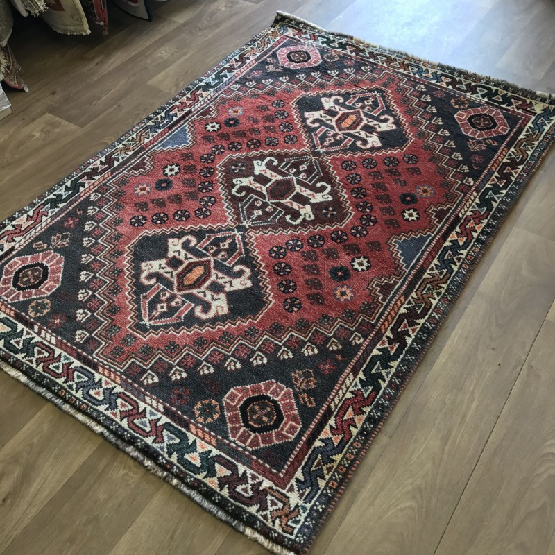 Persian Shiraz Hand Knotted Tribal Wool Rug 115 X 167 Cm
