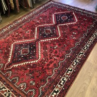 Persian Shiraz Tribal Wool Rug - 168 x 250 cm